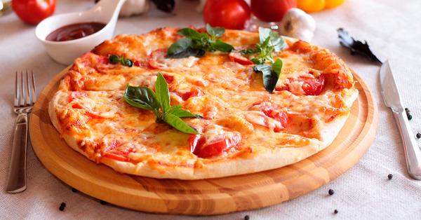 Տնային պայմաններում պատրաստում ենք շատ համեղ և պարզ պիցցա