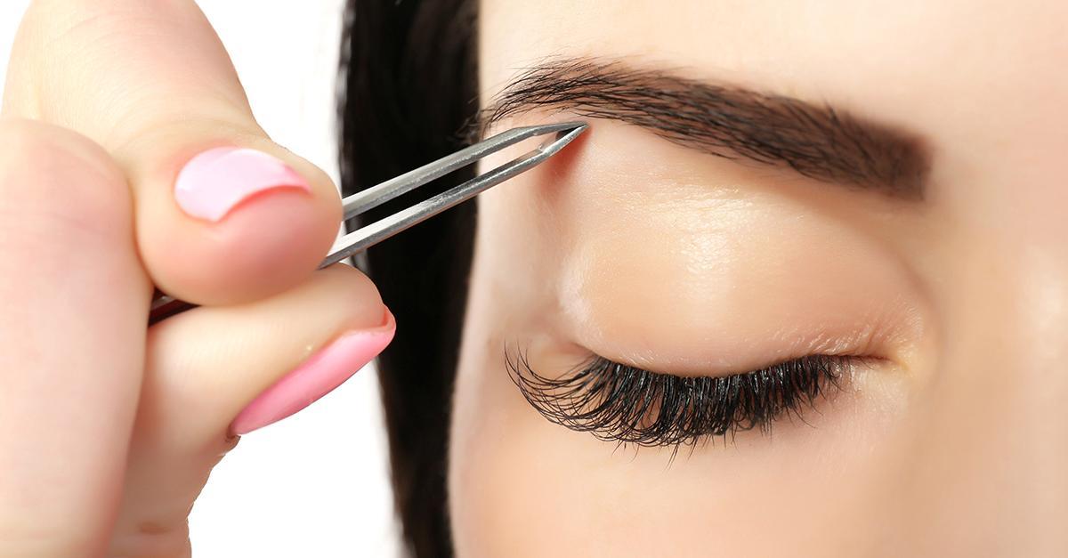 Ամբողջ կյանքում դուք սխալ ձևով եք հանել ձեր հոնքերը. ահա, թե ինչպես է պետք անել դա իրականում