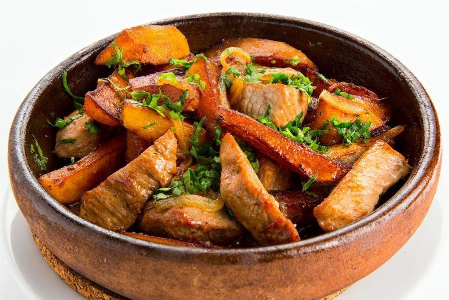 Վրացական խոհանոց․ Հանրահայտ ուտեստ օջախուրու պատրաստման եղանակը