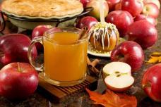 Օգտակար, համեղ խնձորով և սերկևիլով հյութի բաղադրատոմս