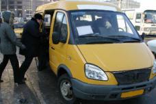 Երևանում երթուղայինի վարորդը վազել է գողի հետևից, բռնել ու ստիպել է վերադարձնել կնոջից գողացած «պորտմանը»