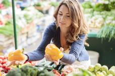 Ի՞նչ մթերքներ պետք է բացառեն 40-ն անց կանայք՝ առողջական խնդիրներից խուսափելու համար