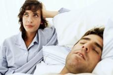Ինչու են մարդիկ խոսում քնի մեջ